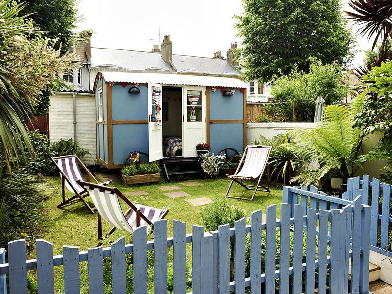 The Beach Hut Apartment